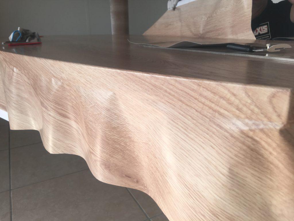 Décoration adhésif de mobilier effet bois